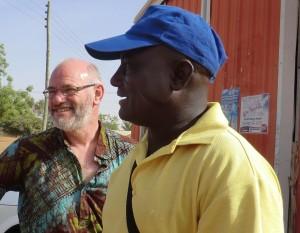 Patrick Agesoba met VvC bestuurder Jan Wijnen